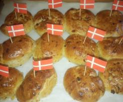 Fødseldagsboller (Dänische Geburtstagsbrötchen)