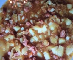 Sauerkrauteintopf mit Kartoffel und Cabanossi