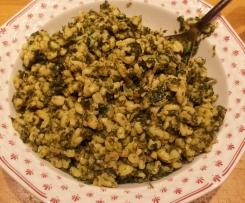 Spinat Eblysotto; Ebly (Weizen) Topf mit Spinat und Kräuter Creme Fraiche