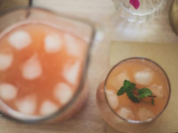 ingwer sirup fuer hausgemachtes ginger ale und andere cocktails limonaden von diana creates. Black Bedroom Furniture Sets. Home Design Ideas