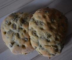 Oliven Kräuter Focaccia (kleine Brote)