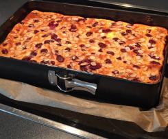 Käsekuchen vom Blech mit Kirschen und Mandeln ( auch zum Einfrieren:-)