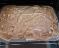 Rhababer-Baiser-Kuchen