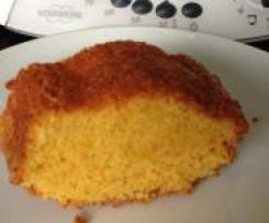 Brasilianischer Möhrenkuchen (Bolo de cenoura)