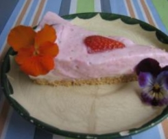 """Frischkäse Torte """"Erdbeer - Romanze"""""""