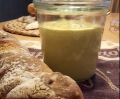 Curry Dip (für Fondue oder auch zum Grillen)