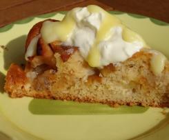 Versunkener Apfel-Marzipankuchen