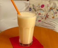Ananas-Orangen-Lassi