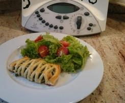 Räucherlachs-Spinat-Blätterteigtaschen