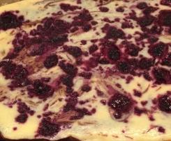Cheescake-Brownies mit Himbeeren