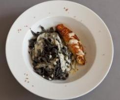 Sepianudeln mit Lachs und Weißwein-Sahne-Sauce