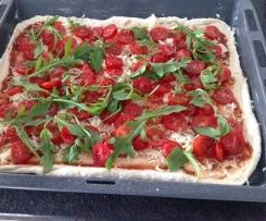 Pizza Tomaten-Ruccola-Mozzarella